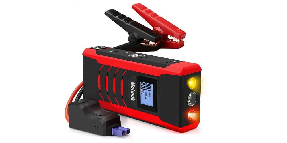 Motenik 800A — the best jump starter with emergency light