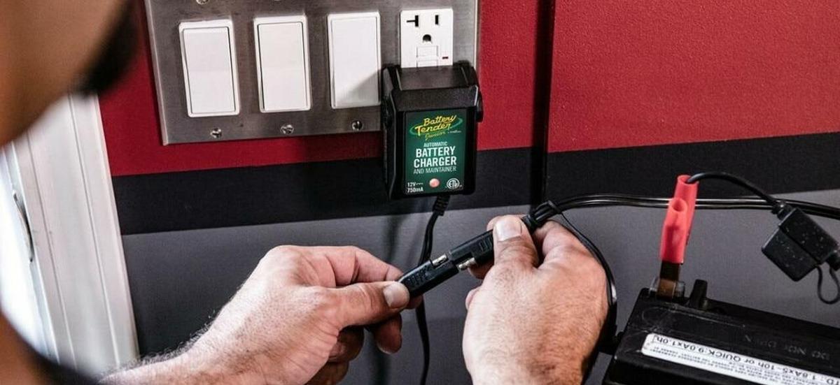 Battery Tender Junior 021-0123 Review